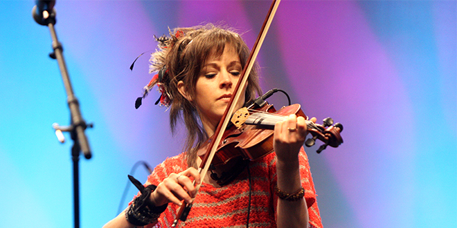 "Lindsey Stirling on Anorexia, New Book: ""I Didn't Realize What It Had Done to Me."""