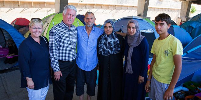 President Uchtdorf Visits Refugee Sites in Greece, Encourages Compassion