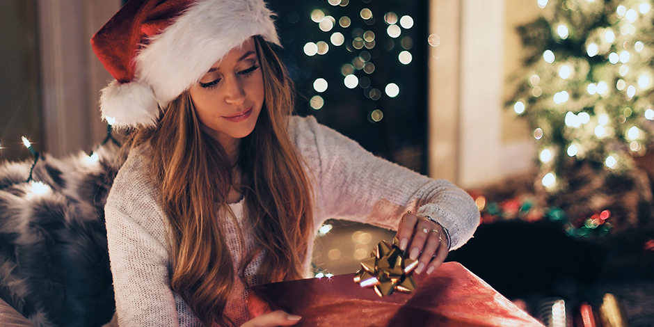 50 Easy Service Ideas to Help You Light The World This Christmas
