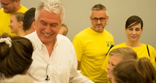 President Uchtdorf Visits Texas in Hurricane Harvey Aftermath