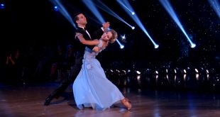"Lindsey Stirling Dances Dreamy Foxtrot to ""When You Wish Upon a Star"" on Dancing with the Stars"