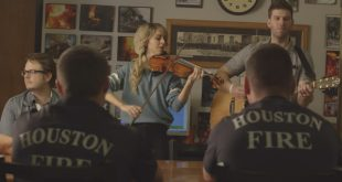 Lindsey Stirling Gives Back in Moving Christmas Video
