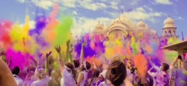"One Voice Children's Choir Performs ""True Colors"" at Color Festival"
