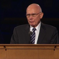 Elder Dallin H. Oaks spoke fondly of President Packer's leadership within the Quorum of the Twelve and believed he will best be remembered as a teacher.