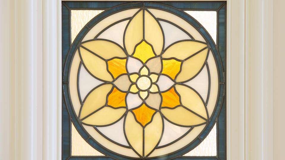 Indianapolis_Temple_Art_Glass_Door-2015