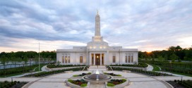 Open House Begins for the Indianapolis Indiana Temple