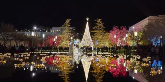 Time-Lapse Video: Christmas Lights Brighten Temple Square