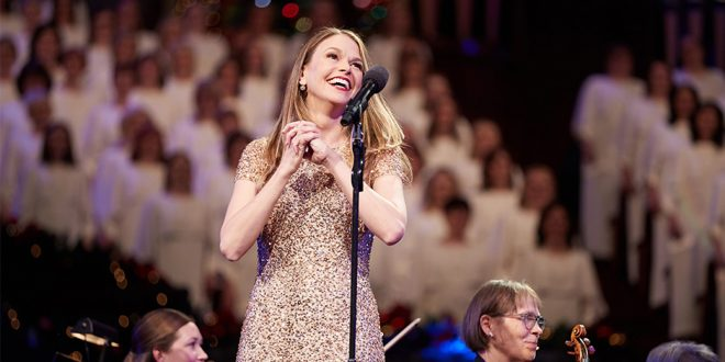 Mormon Tabernacle Choir Celebrates Christmas Broadway-style