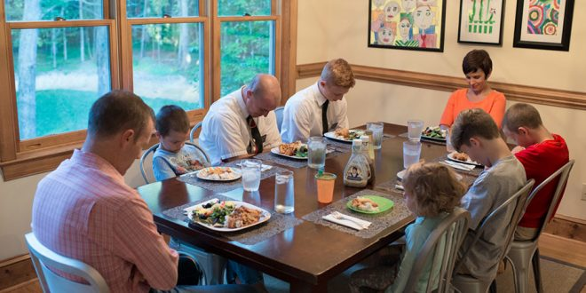 10 Manner & Etiquette Rules LDS Missionaries Need to Know