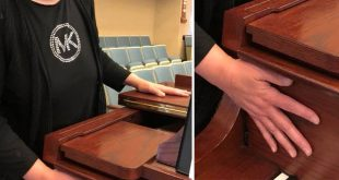 """LDS Pianist Provides Touching Moment of """"Music"""" For Deaf Ward Member"""
