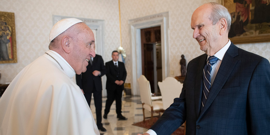 President Nelson Meets with Pope Francis at the Vatican