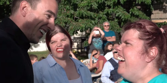 Former Conjoined Twins Surprised with Private GENTRI Concert